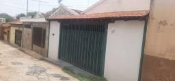 Vendo casa 2 dormitórios - Campos Elíseos