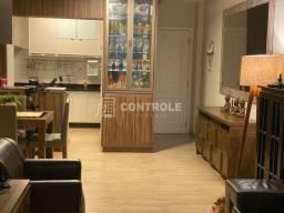 (AK) Apartamento com 03 dormitórios, sendo 01 suíte, finamente mobiliado no Itacorubi