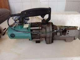 Máquina de cortar vergalhão motomil 1350W