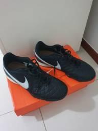 Chuteira Nike 39