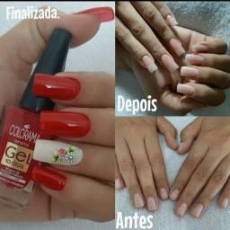 Manicure  e alongamento de unhas
