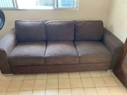 Jogo de sofá 2 e 3 lugares.