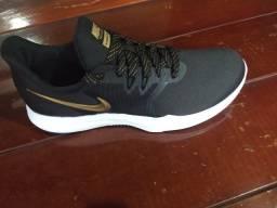 Tênis Nike número 39 . Passo cartão