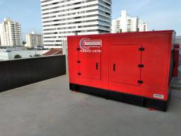 Técnico elétrico/mecânico geradores de energia