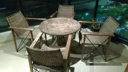 Jogo de mesa e 4 cadeiras em junco natural - leia anuncio