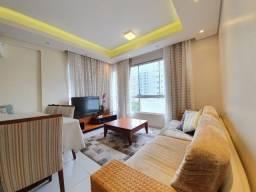 Lindo Apartamento com 02 dormitórios, ar cond. . net e internet. B. zona nova