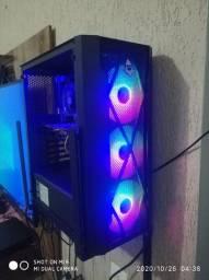 PC gamer i3 da 7° e RX 570 de 4gb e SSD 120gb