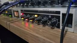 Pre Amp Beringher Mic 2200