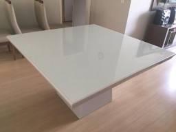 Mesa de vidro branco