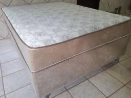 Vendo cama box de casal