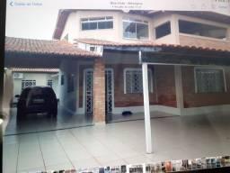 Casa 2 Pisos Mecejana