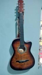 Vendo este lindo violão