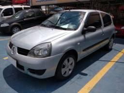 Renault Clio Hatch. Authentique 1.0 16V (flex)