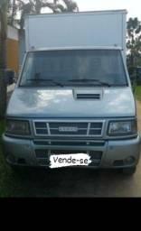 Caminhão Iveco 7013