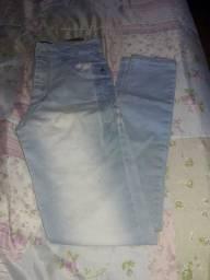 Calça jeans semi nova lavada em ótimo estado