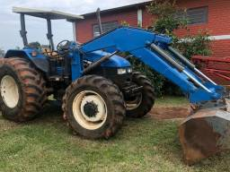 Trator New Holland TS110<br><br>