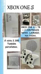 Xbox one S 1 Tb 4k C/ 2 manetes