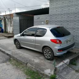 Peugeot 207 1.4 flex vende-se ou toca-se