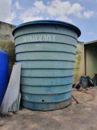 Caixa de água de 20.000 litros