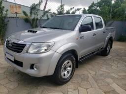 Toyota Hilux STD 4x4 Diesel 2013