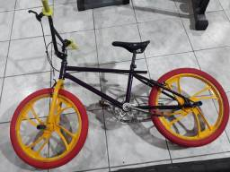 Bicicleta zerada nova