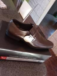 Sapato Ferracini novo tamanho 41