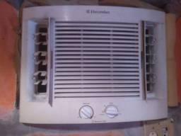Ar condicionado Electrolux 7,500 110v entrego ac cartão