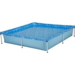 Vende-se piscina 1.500 litros