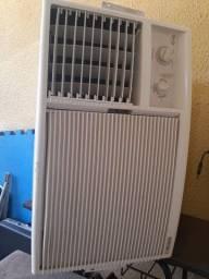 Ar Condicionado Elgin 220w