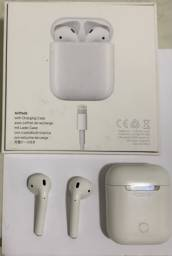 AirPod 1st generation branco