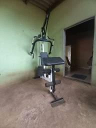 Maquina d exercícios  físicos