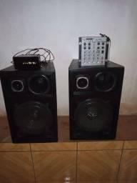 Uma caixa de som completa