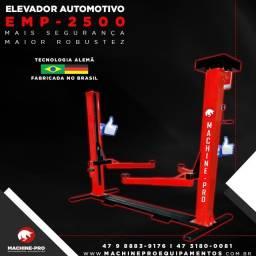 Elevador Automotivo   Lubrificação a Óleo   Capacidade Máxima de 2500 Kg
