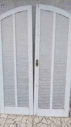 Porta balcão arco e veneziana