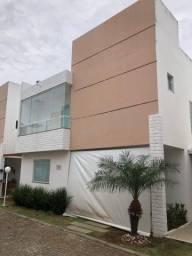 Casa 4/4 sendo 3 suítes Fino acabamento em Buraquinho R$ 569.000,00