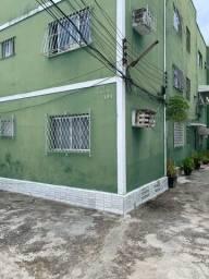 Apartamento Pina bem localizado