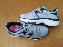 Título do anúncio: Tênis BlackFree Cinza/Roxo para caminhada 37 - entrego