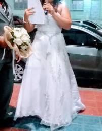 Vestido noiva lindao, para uso ou alugue