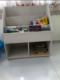 Livreiro Montessori novo