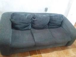 Vendo esse sofá de 3 lugares e três almofadas