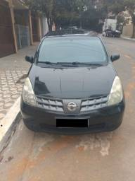 Nissan Livina 1.6 completa 2011