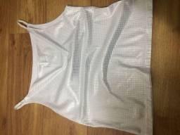 Blusa de cetim branco