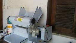 Cilindro laminador para massa300mm 1.2cv22ov