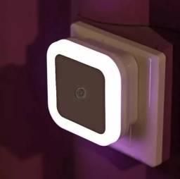 Título do anúncio: Sensor Led Tomada Luz Noturna 5 W Bivolt 6000k