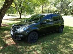 Renault Sandero - 2014