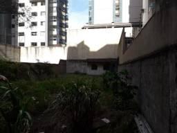 Terreno na Quadra do Mar em Itapuã - 360 m²