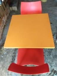 Mesas e Cadeiras padrão Fast Food