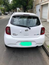 Nissan March AUTOMÁTICO 16/17 - 2017
