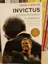Livro Invictus - Conquistando o Inimigo