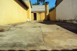 Casa de 2 quartos. Setor Garavelo, Aparecida de Goiânia-GO